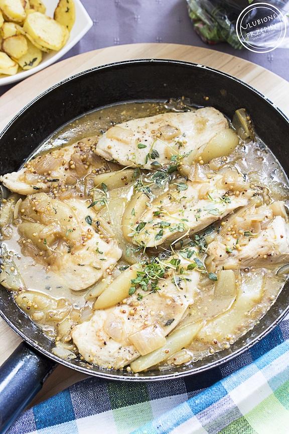 Pierś z kurczaka / indyka z gruszkami i tymiankiem